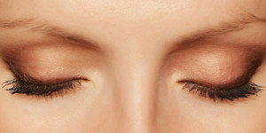 Under Eye Lines & Wrinkles Is No More a Worry