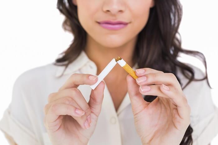 woman stop smoking