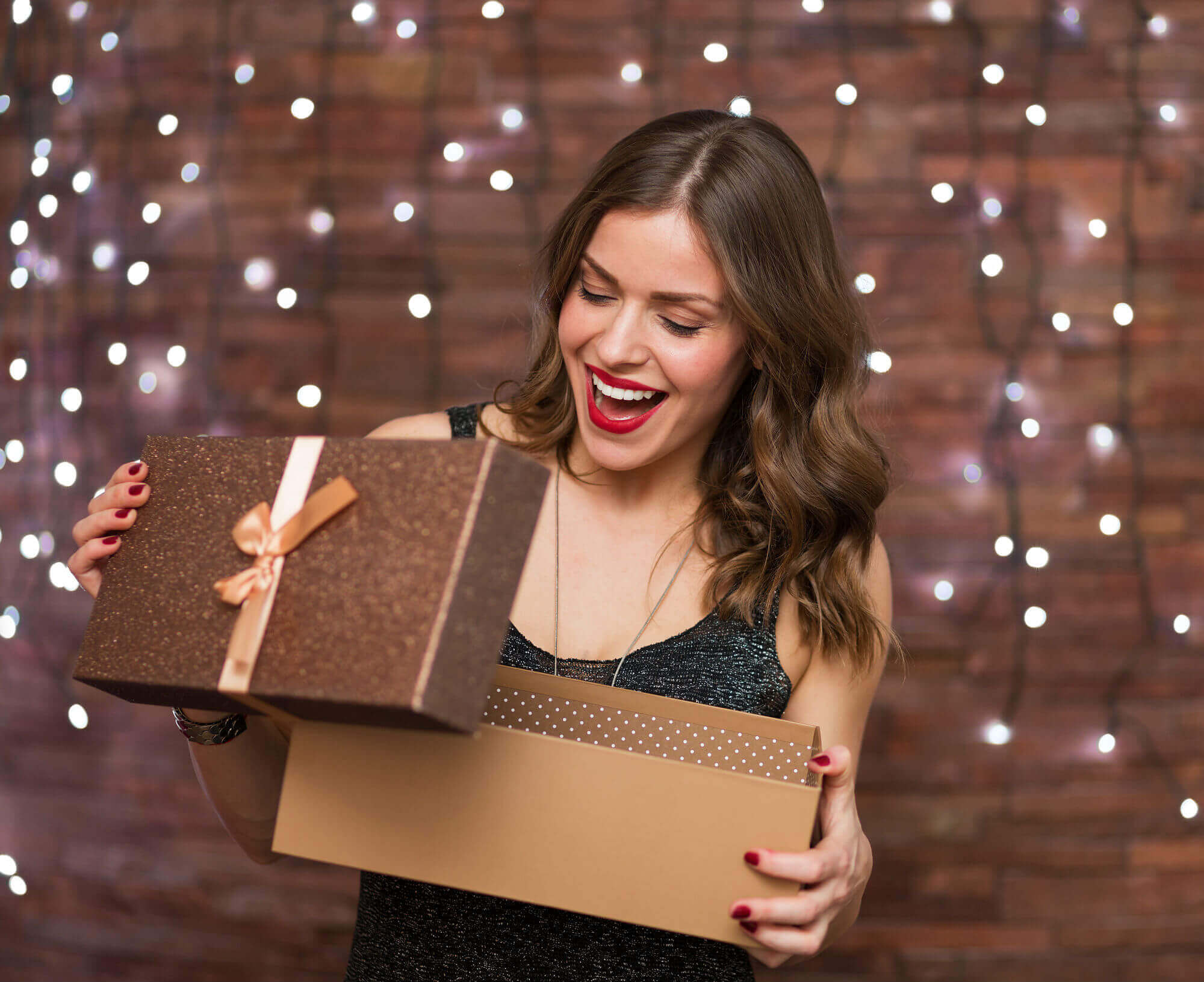6 Beauty Gift Ideas to Give Out this Holiday!
