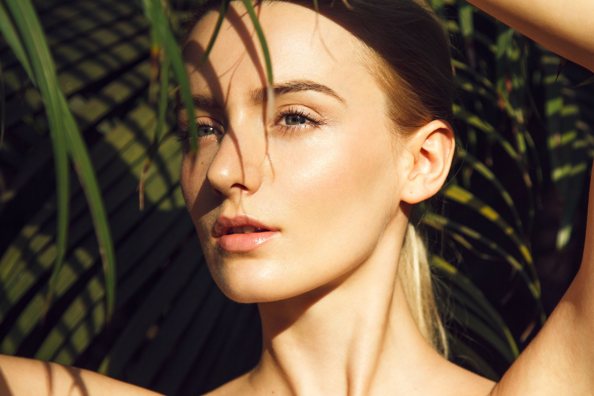 How to Get Dewy, Glowing Skin Without Makeup