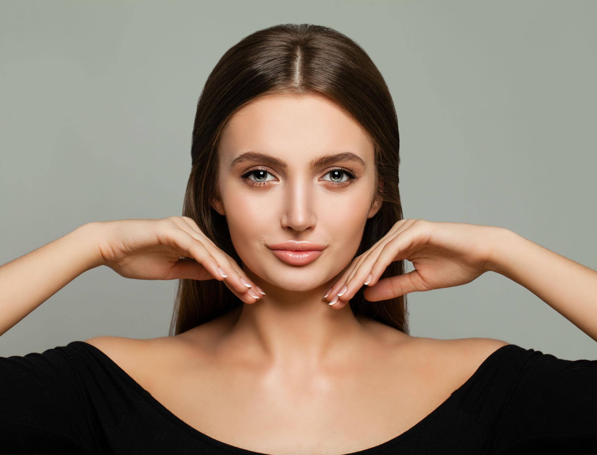 Achieve-a-Youthful-V-Shape-Face