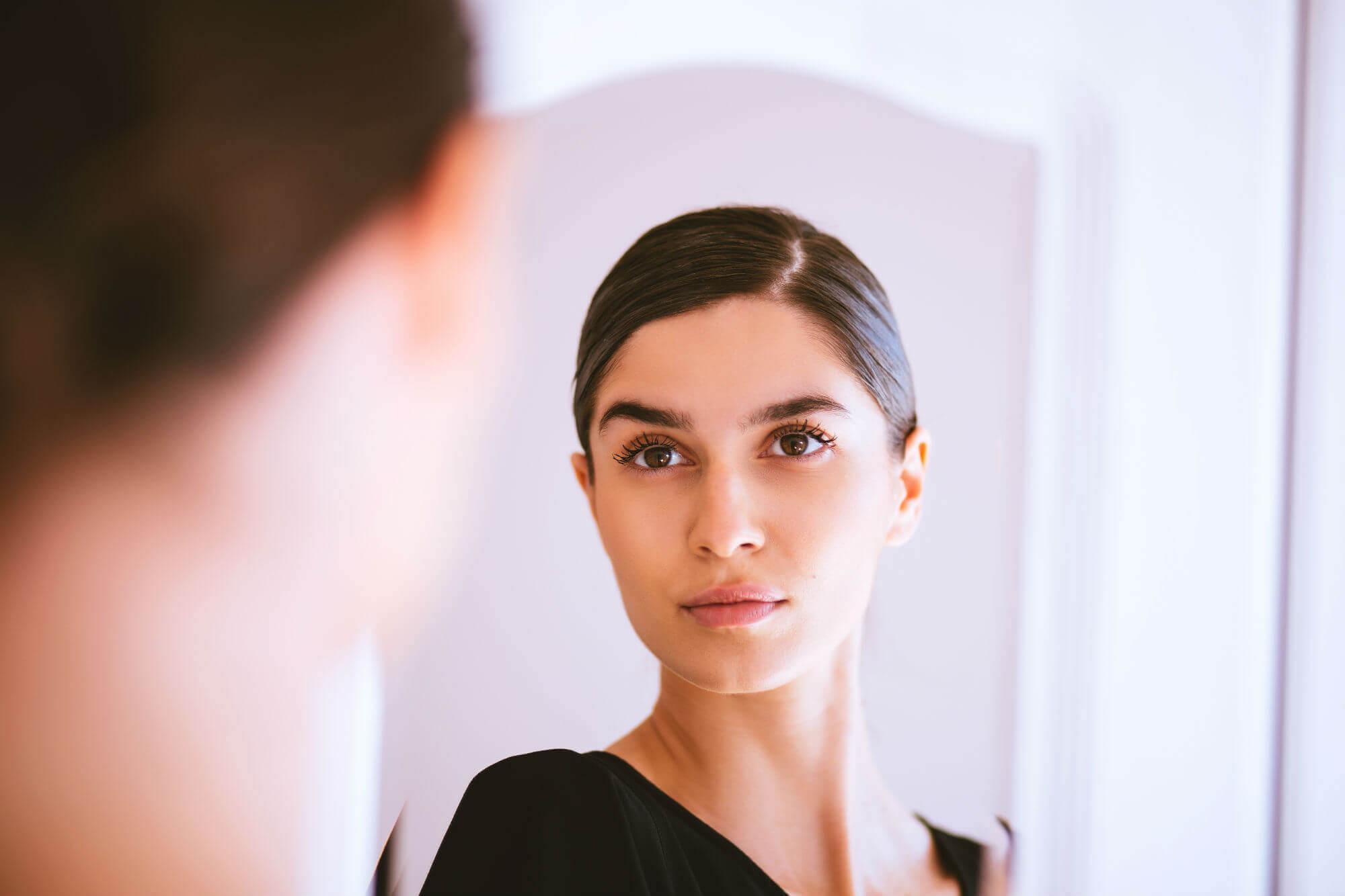 5 Tips to Remove Eye Bags and Dark Eye Circles