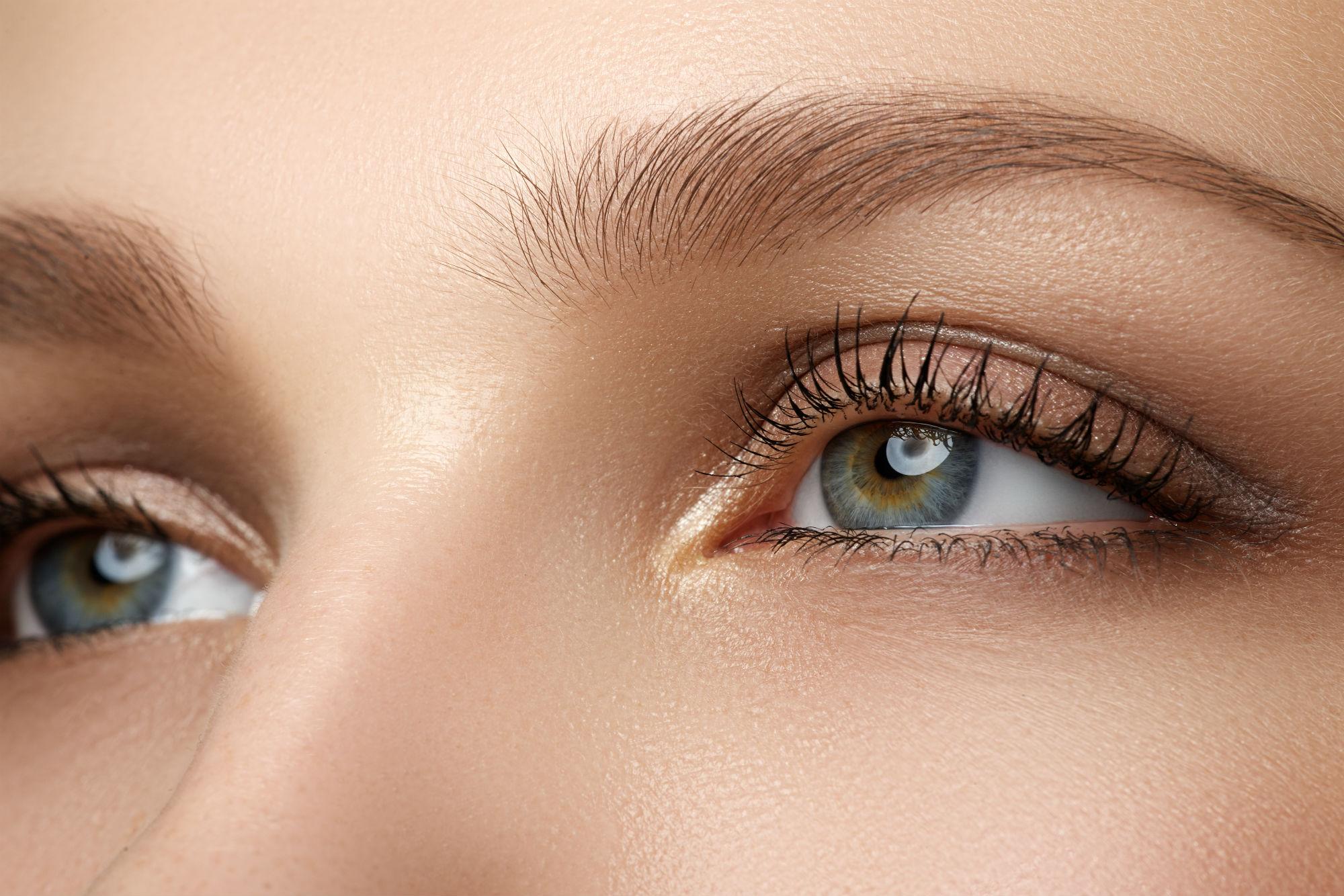 How to Tighten Loose Skin Around Your Eyes