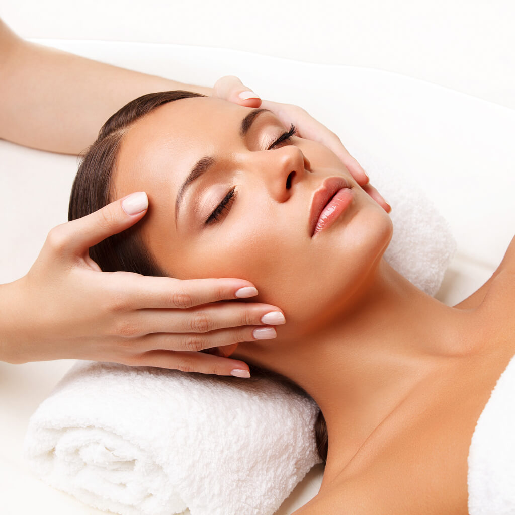 Safe-LED-Skin-Therapy -Facials