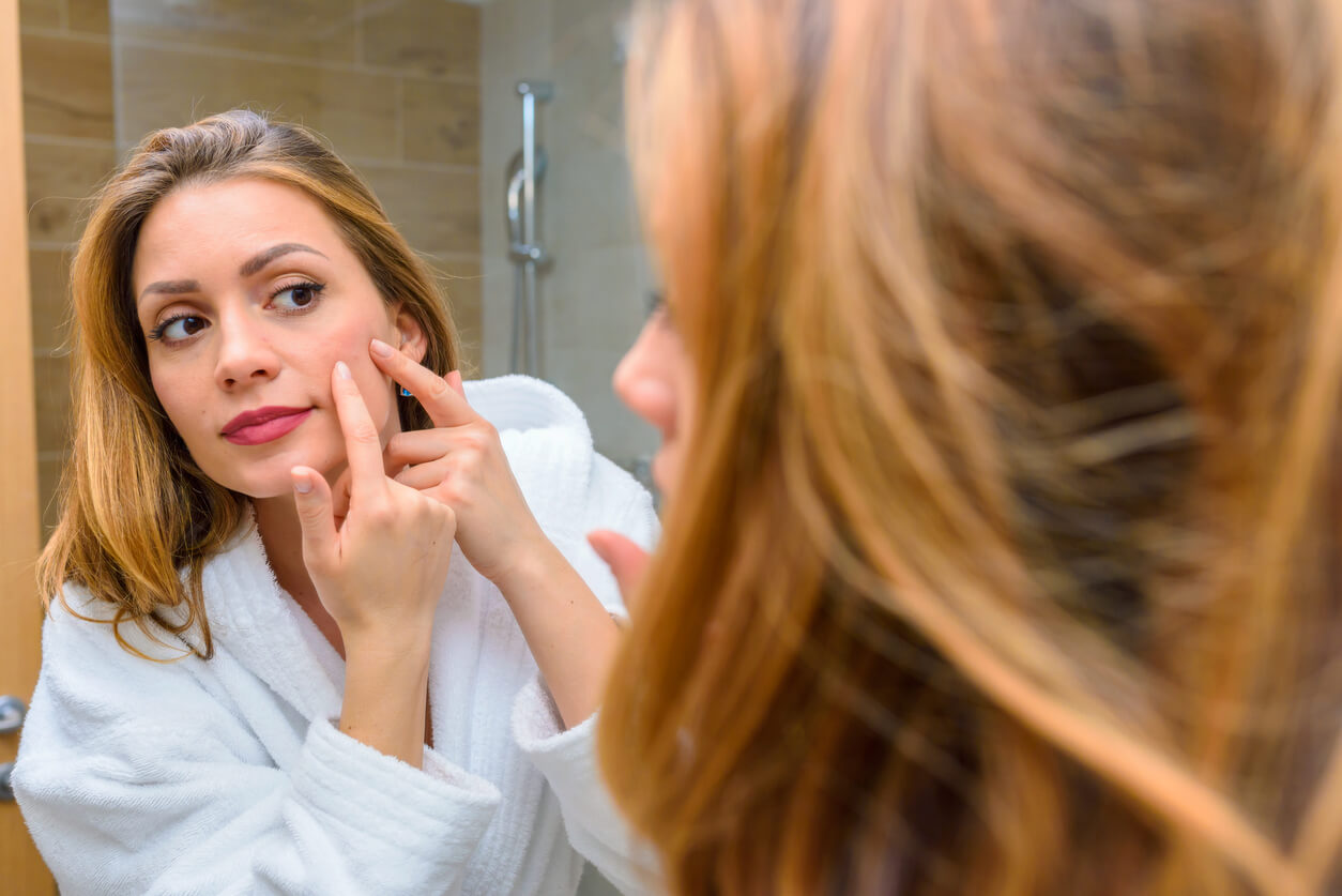 Should You Let Acne Go Away on Its Own?