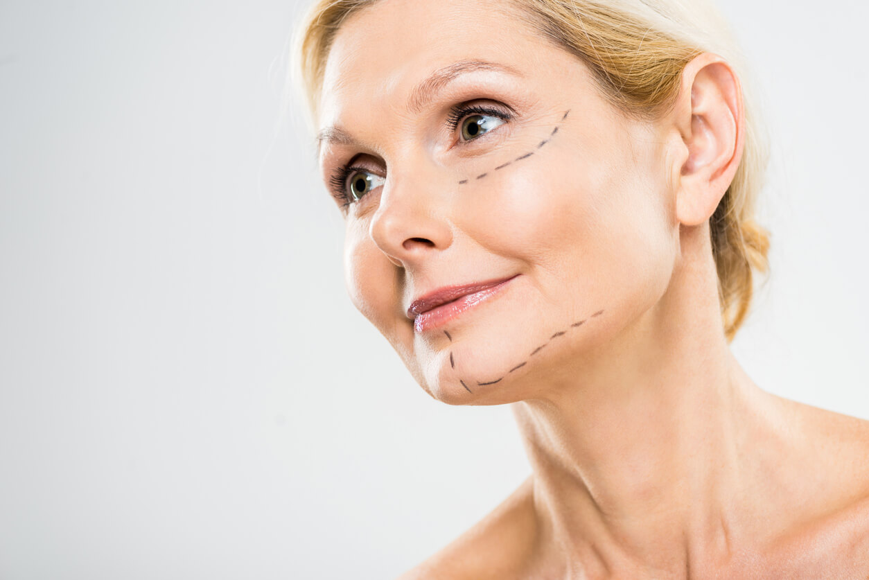 Is There a Way to Combat Sagging Skin without Surgery or Injections?