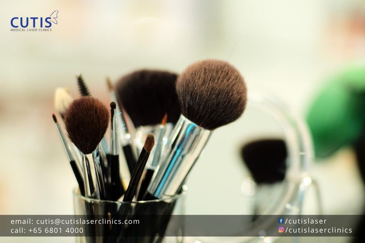 Do Dirty Makeup Brushes Cause Breakouts?